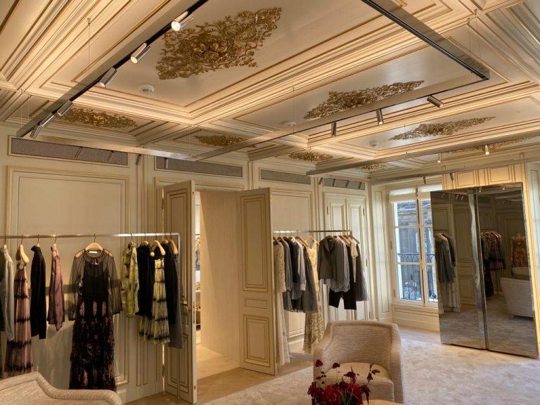 Scutum beveiligt op elegante wijze een luxeboetiek in Parijs